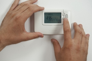 Get Cool This Summer: 7 Tips To Keep Your Air-Con Unit Function With Efficiency